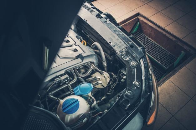 broken-car-in-the-auto-service_1426-829